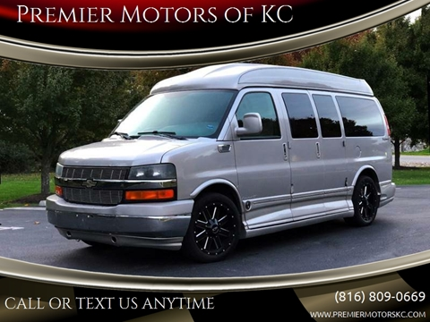 2006 Chevrolet Express Cargo for sale at Premier Motors of KC in Kansas City MO