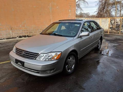 2003 Toyota Avalon for sale at Auto Wholesalers Of Rockville in Rockville MD