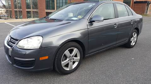 2009 Volkswagen Jetta for sale at Auto Wholesalers Of Rockville in Rockville MD