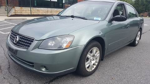 2005 Nissan Altima for sale at Auto Wholesalers Of Rockville in Rockville MD