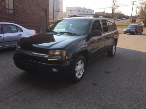 2002 Chevrolet TrailBlazer for sale at Auto Wholesalers Of Rockville in Rockville MD