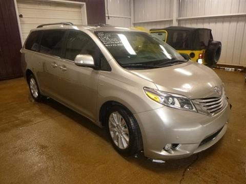 2017 Toyota Sienna for sale at East Coast Auto Source Inc. in Bedford VA