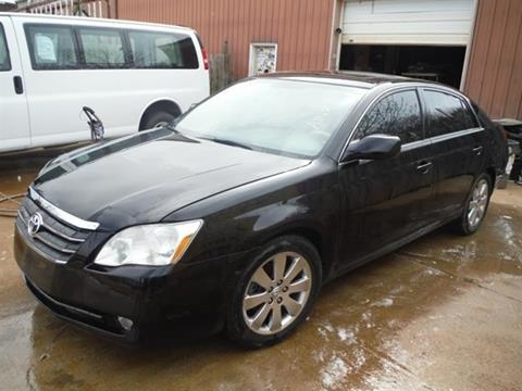 2005 Toyota Avalon for sale at East Coast Auto Source Inc. in Bedford VA