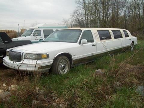 1996 Lincoln Town Car for sale at East Coast Auto Source Inc. in Bedford VA