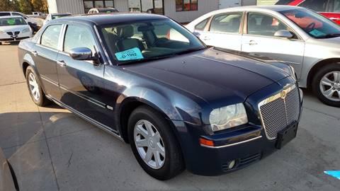 2005 Chrysler 300 for sale in Milbank SD