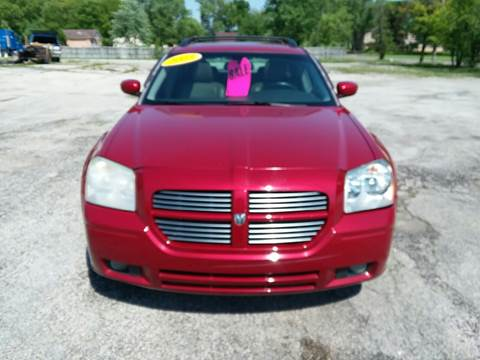 2005 Dodge Magnum for sale at TILTON AUTO SALES INC. in Danville IL