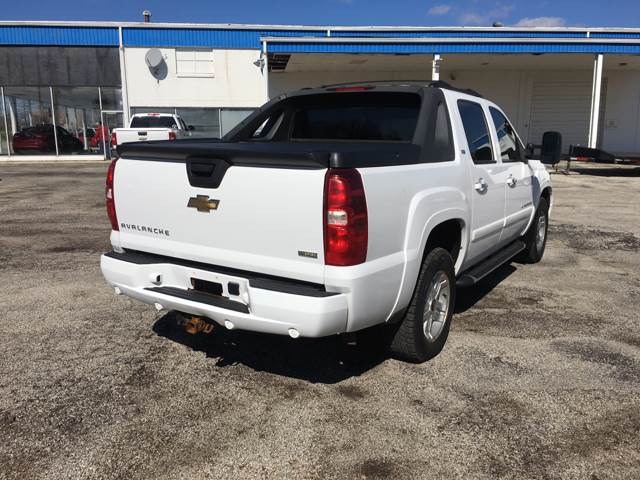 2008 Chevrolet Avalanche for sale at TILTON AUTO SALES INC. in Danville IL