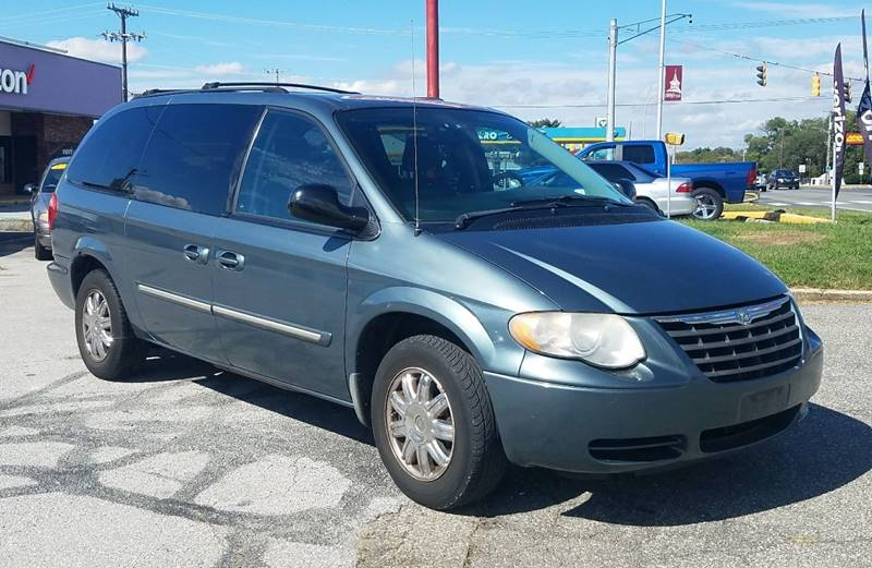 Chrysler Town and Country 2006 Touring 4dr Extended Mini Van