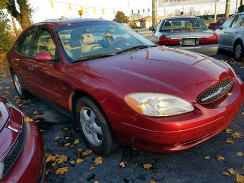 2000 Ford Taurus for sale in New Castle, DE