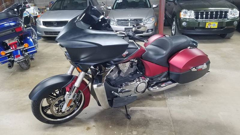 2015 Victory Cross Country Two-Tone Suede Sunset Red Over Black - Villa Park IL