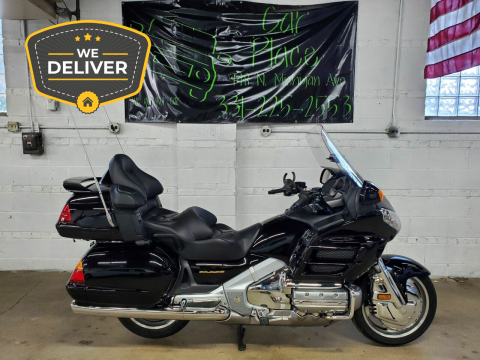 2004 Honda GOLD WING SE GL 1800 ABS for sale at Car Place & MotorCycles in Villa Park IL