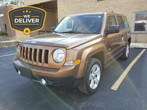 2011 Jeep Patriot for sale at Car Place & MotorCycles in Villa Park IL