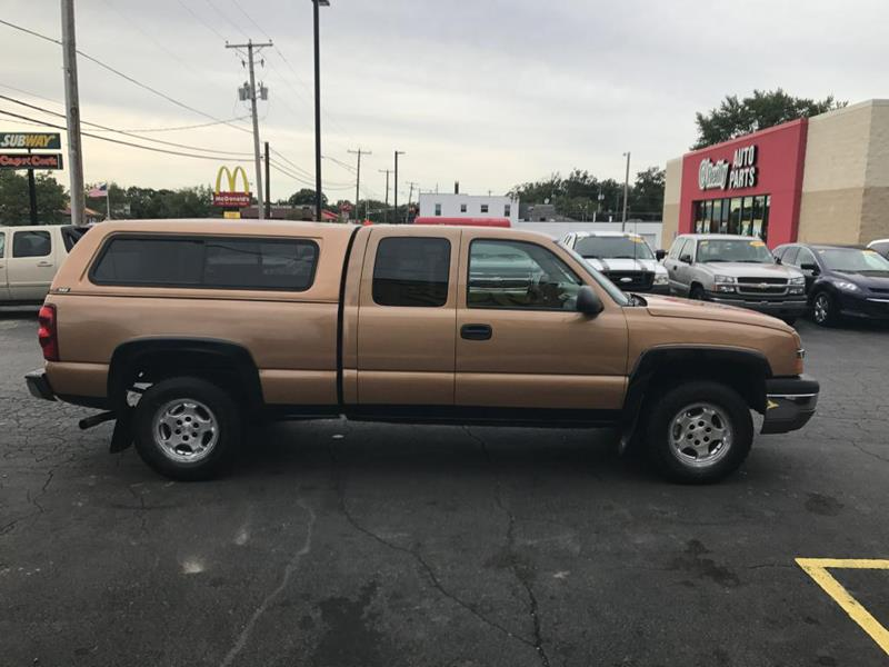 2004 Chevrolet Silverado 1500 for sale at Yes! Automotive in Fort Wayne IN