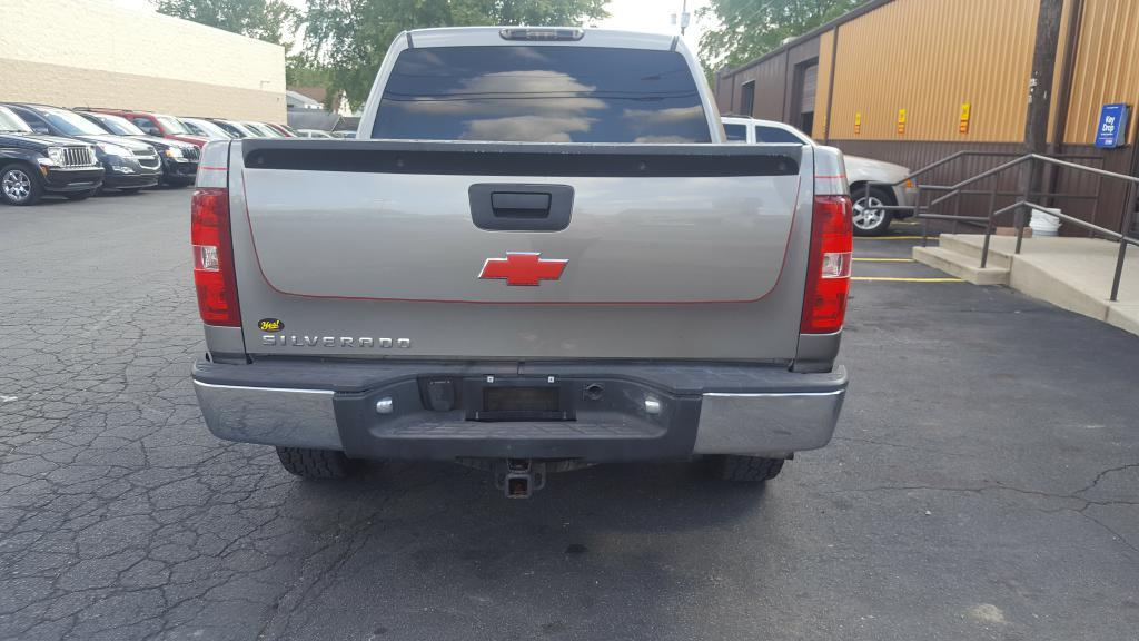2007 Chevrolet Silverado 1500 for sale at Yes! Automotive in Fort Wayne IN