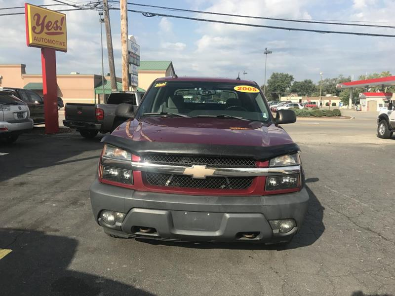 2005 Chevrolet Avalanche for sale at Yes! Automotive in Fort Wayne IN