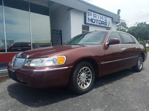 2001 Lincoln Town Car for sale in Sarasota, FL
