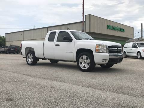 2008 Chevrolet Silverado 1500 for sale at P & A AUTO SALES in Houston TX
