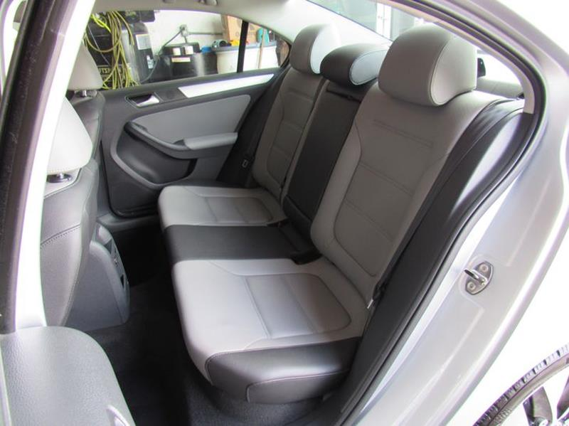 2014 Volkswagen Jetta Hybrid SEL Premium