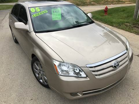 2005 Toyota Avalon for sale in Etna, OH
