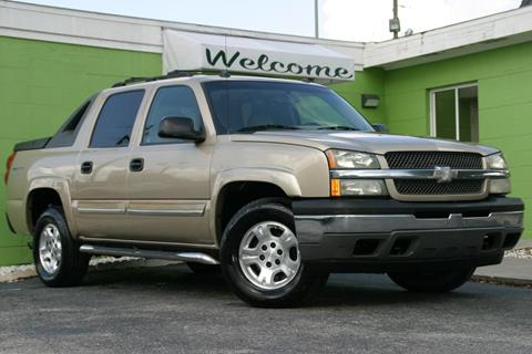2005 Chevrolet Avalanche for sale at Caesars Auto Sales in Longwood FL