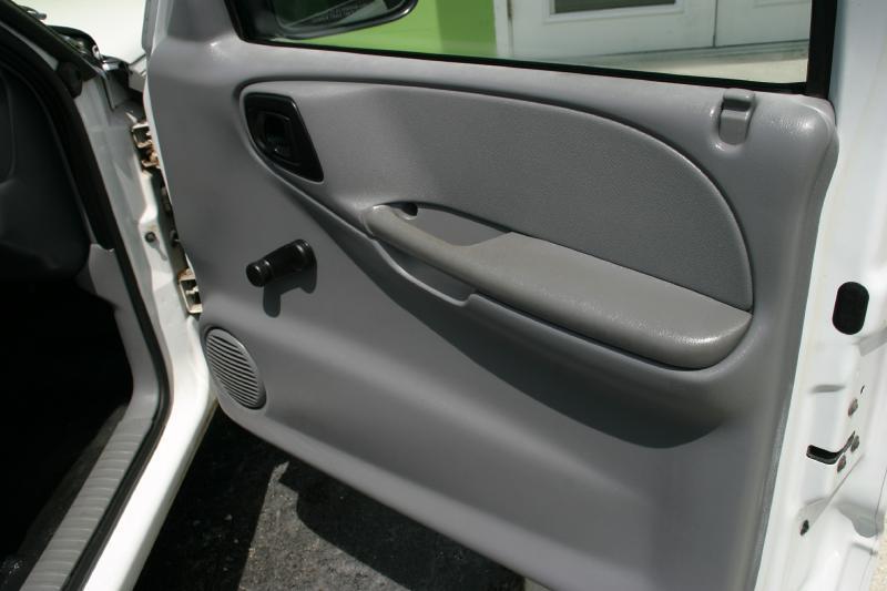 1998 Dodge Dakota for sale at Caesars Auto Sales in Longwood FL