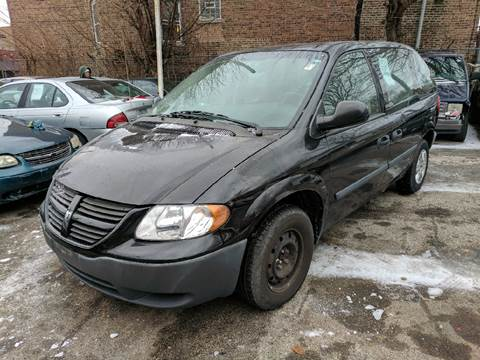 2005 Dodge Caravan for sale at Chicago Cash Cars in Chicago IL
