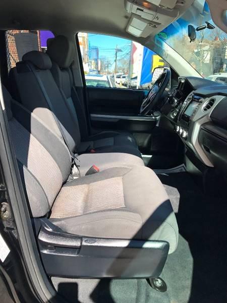 2014 Toyota Tundra 4x4 SR5 4dr Double Cab Pickup SB (4.6L V8) - Newark NJ