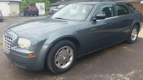 2005 Chrysler 300 for sale in Plainville, GA