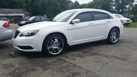 2014 Chrysler 200 for sale in Plainville, GA