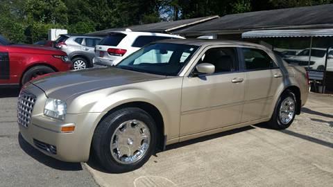2006 Chrysler 300 for sale in Plainville, GA
