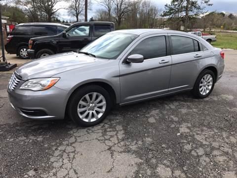 2013 Chrysler 200 for sale in Plainville, GA