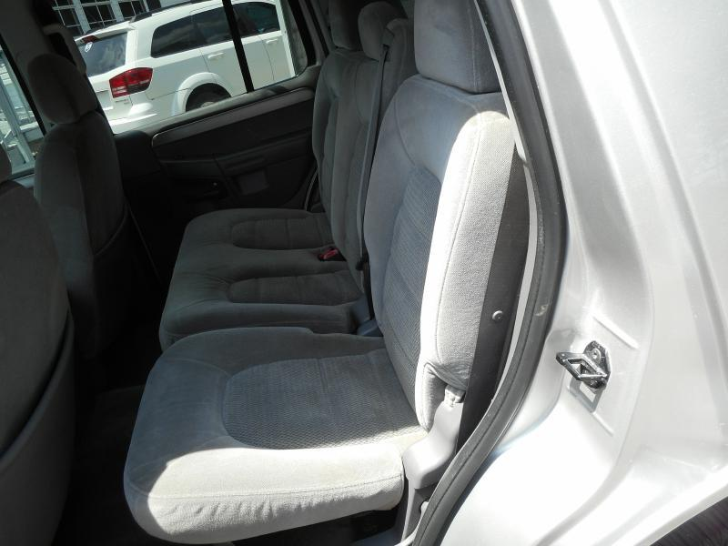 2004 Ford Explorer 4dr XLT 4WD SUV - Knoxville TN
