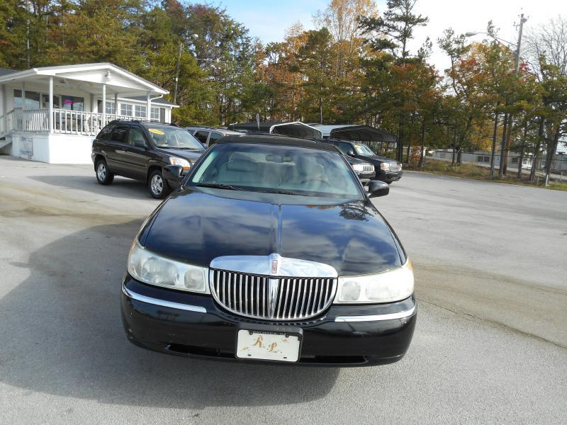 2002 Lincoln Town Car Signature 4dr Sedan In Knoxville Tn Elite Motors