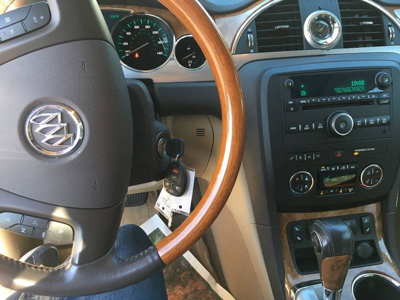 2008 Buick Enclave for sale at Elite Motors in Knoxville TN
