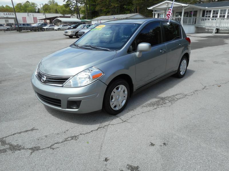 2011 Nissan Versa 1.8 S 4dr Hatchback 4A - Knoxville TN