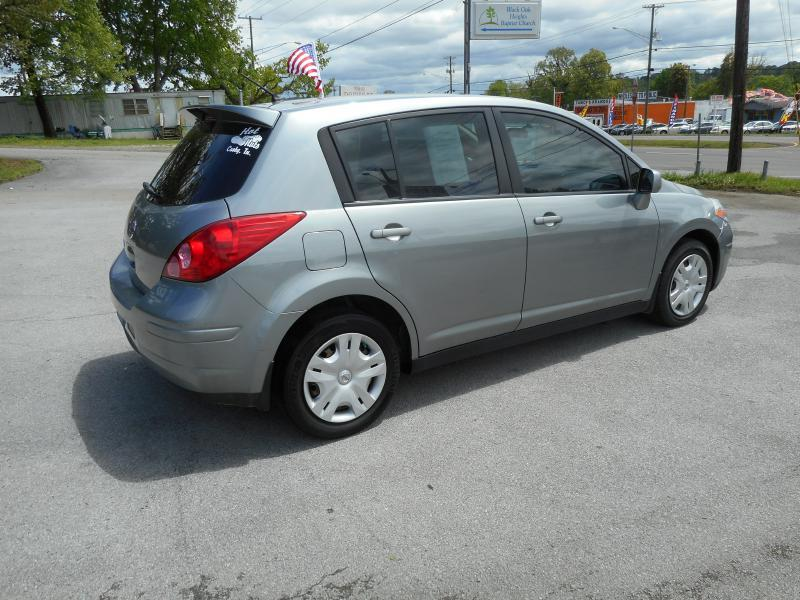 2011 Nissan Versa 1.8 S 4dr Hatchback 4A - Knoxville TN