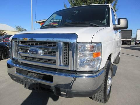 2012 Ford E-Series Wagon for sale in San Antonio, TX