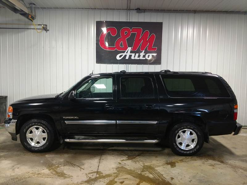2005 GMC Yukon XL for sale at C&M Auto in Worthing SD