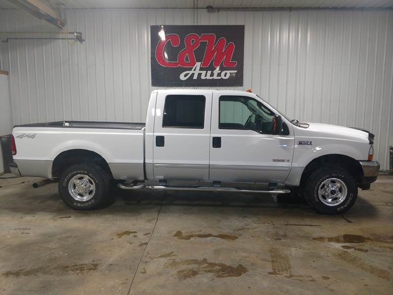 2004 Ford F-250 Super Duty for sale at C&M Auto in Worthing SD