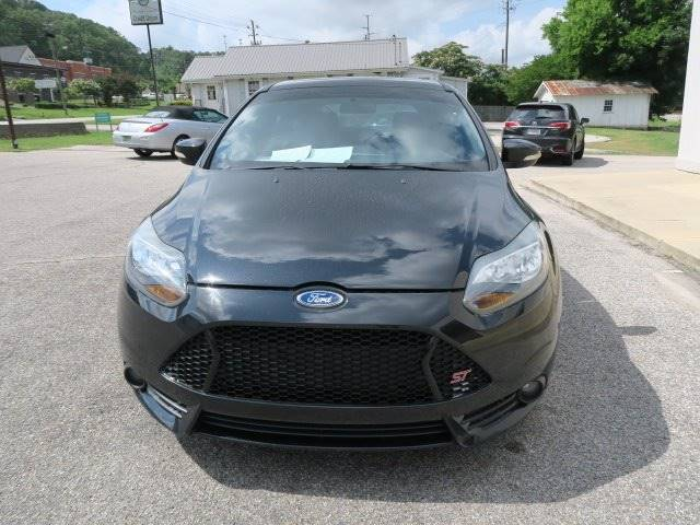 2013 Ford Focus for sale at CROSSROADS AUTO SALES INC. in Alabaster AL