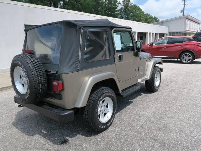 2004 Jeep Wrangler for sale at CROSSROADS AUTO SALES INC. in Alabaster AL