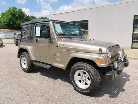 2004 Jeep Wrangler for sale at CROSSROADS AUTO SALES INC. in Alabaster AL