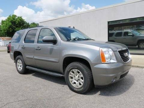 2008 GMC Yukon for sale at CROSSROADS AUTO SALES INC. in Alabaster AL