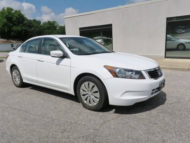 2009 Honda Accord for sale at CROSSROADS AUTO SALES INC. in Alabaster AL