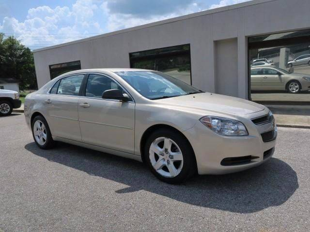 2011 Chevrolet Malibu for sale at CROSSROADS AUTO SALES INC. in Alabaster AL