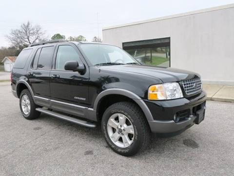 2005 Ford Explorer for sale at CROSSROADS AUTO SALES INC. in Alabaster AL
