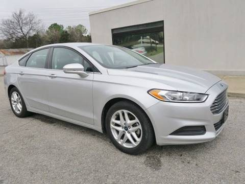 2016 Ford Fusion for sale at CROSSROADS AUTO SALES INC. in Alabaster AL