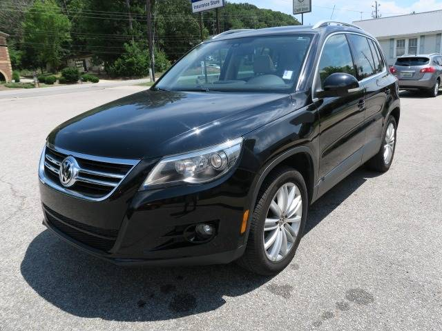 2009 Volkswagen Tiguan for sale at CROSSROADS AUTO SALES INC. in Alabaster AL
