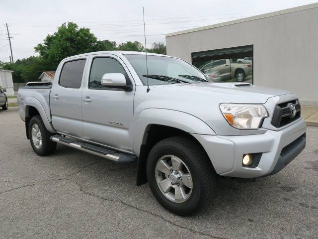 2012 Toyota Tacoma for sale at CROSSROADS AUTO SALES INC. in Alabaster AL