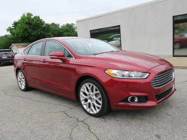 2014 Ford Fusion for sale at CROSSROADS AUTO SALES INC. in Alabaster AL
